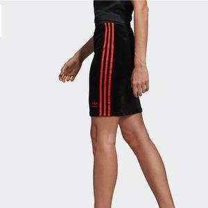V-Day Skirt